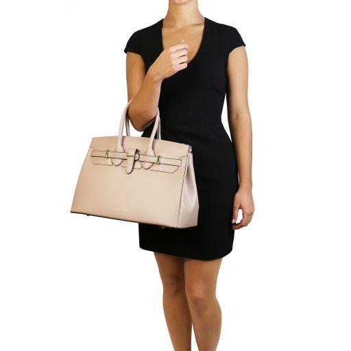 Elettra Leather handbag with golden hardware Черный TL141548