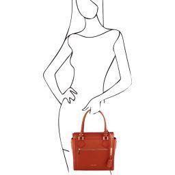 Lara Leather handbag with front zip Brandy TL141644