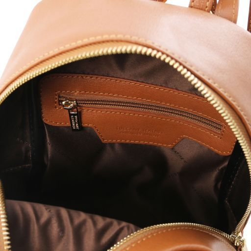 TL Bag Mochila pequeño en piel Saffiano para mujer Cognac TL141701